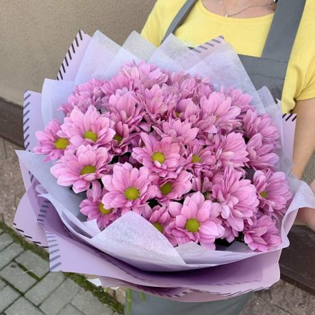 Букет из 7 кустовых хризантем