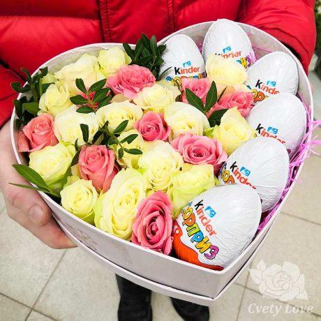 6 Kinder и розы в коробке в виде сердца