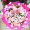 Букет из роз, гвоздик и гипсофилы