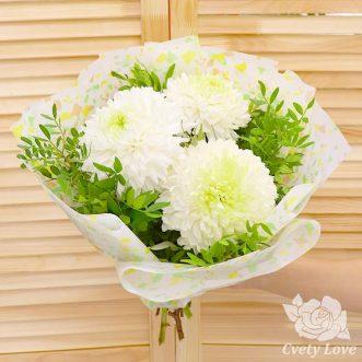 Букет из 3 одноголовых хризантем