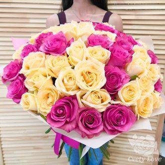 Букет из 51 желтой и розовой розы
